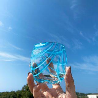 天蓋のようなデザインのゼブラシリーズもじゃんがらやで展開してます🦓  #琉球ガラス村 #琉球ガラス  #琉球 #ガラス #グラス #コップ #糸満 #沖縄 #日本 #職人 #伝統工芸 #工芸品 #itoman #okinawa #japan #ryukyuglassvillage #ryukyuglass #glass #art #handmade #craft #craftsman #craftsmanship